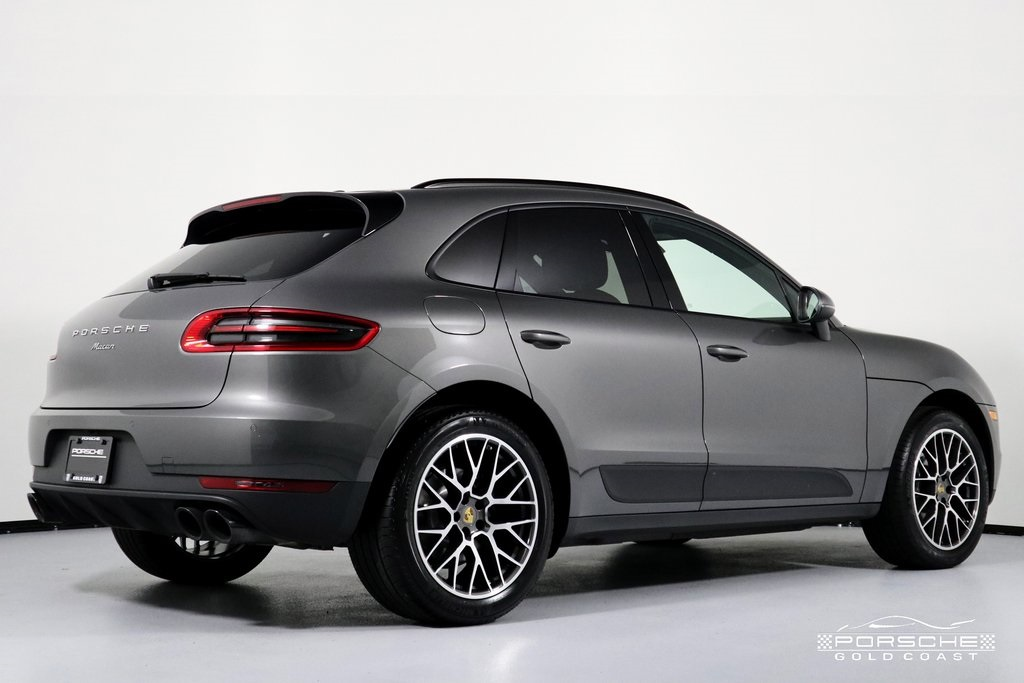 Pre-Owned 2018 Porsche Macan Sport Edition Sport Edition